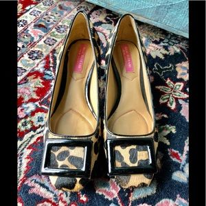 Adorable like new shoes by Isaac Mizrahi 51/2